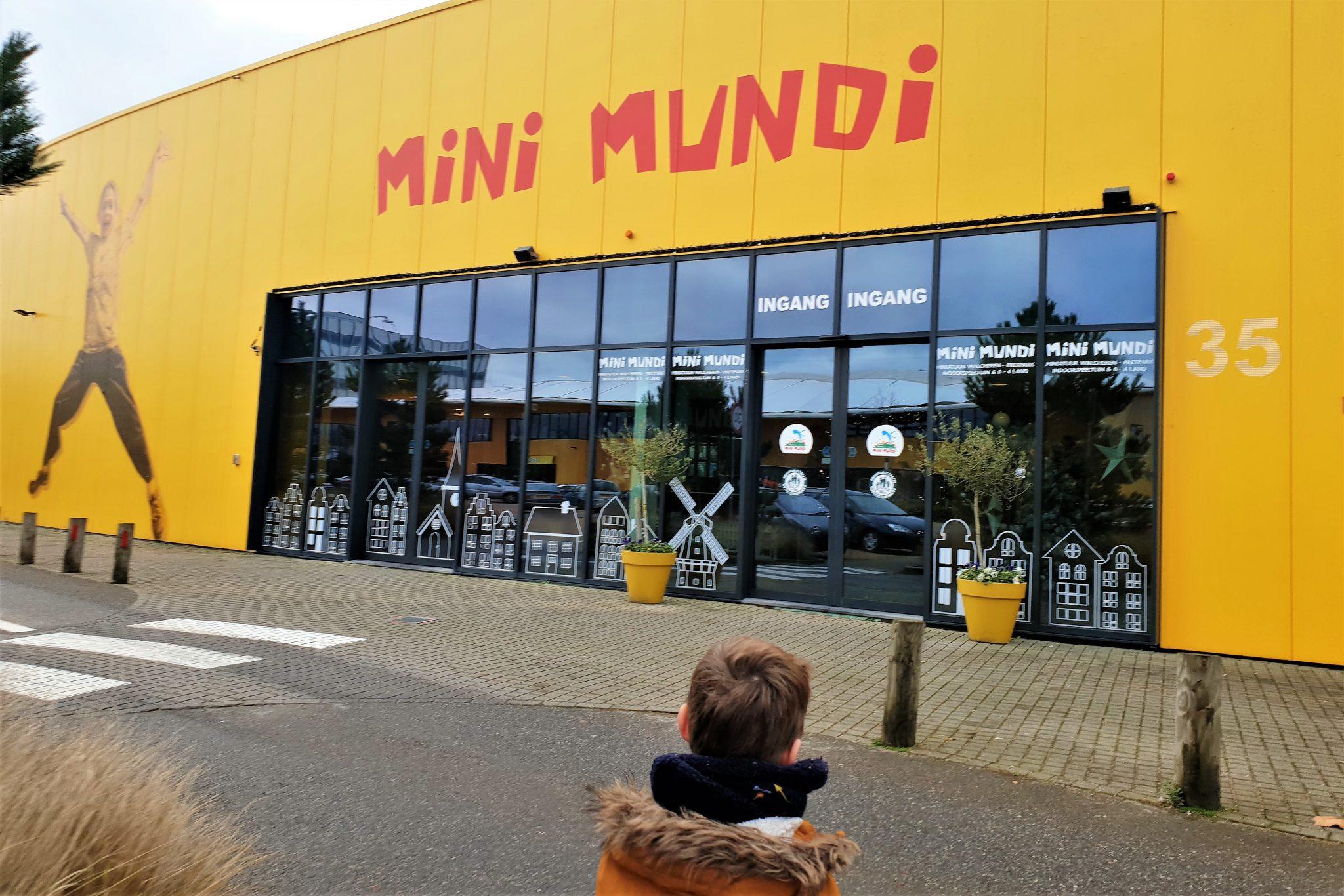 Mini Mundi in Middelburg; veel meer dan een binnenspeeltuin met attracties en miniatuurpark - Mamaliefde.nl