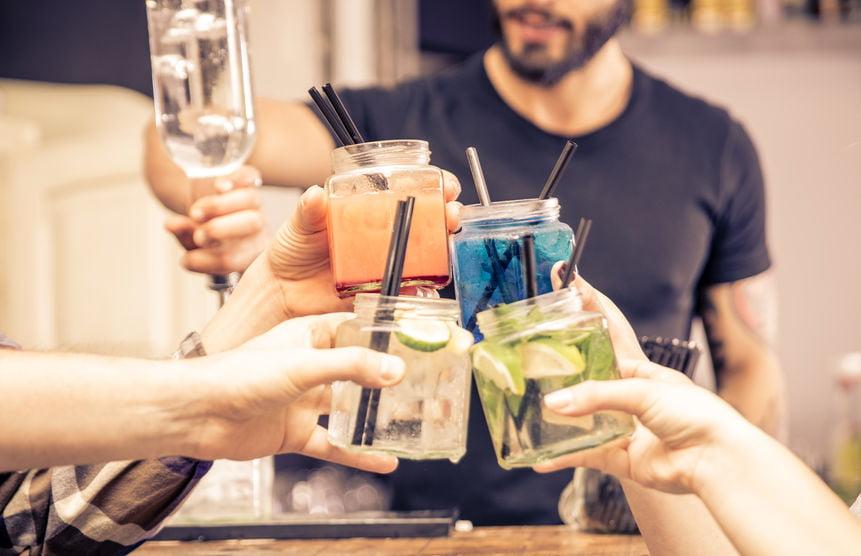 Kinder cocktails; alcoholvrije recepten voor kinderen. Van mojito tot pina colada, of met komkommer, aardbei en gember. - Mamaliefde.nl