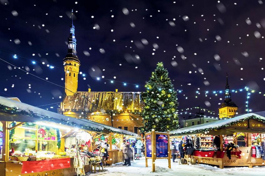 Kerstmarkt Europa 2020; Mooiste markten en grootste feesten in Duitsland, België maar ook Oost-Europa zoals Wenen en Tallinn en West-Europa Portugal en Ierland. - Mamaliefde.nl