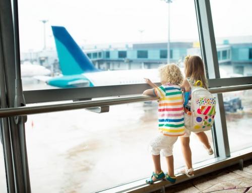 Goedkoop vliegticket boeken, ook met kinderen