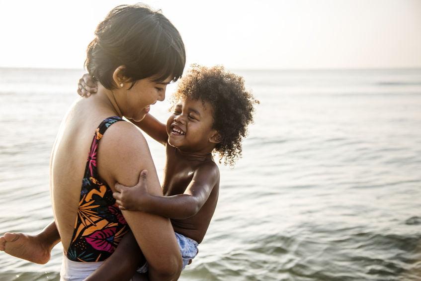 De 5 talen van de liefde; Spreek jij de taal van je kind? - Mamaliefde.nl