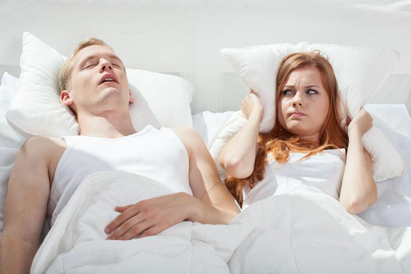 Tips snurken; wat als je partner, kind of jij zelf snurkt? - mamaliefde.nl