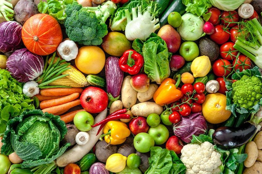 Kindvriendelijke recepten met verstopte groenten voor kinderen of mensen die geen groenten lusten. Van pannenkoek tot pizza, pastasaus en gehaktballen - Mamaliefde.nl