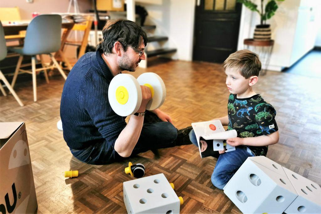 Modu Toys; Bouwen en daarna spelen met foam blokken! Duurzaam speelgoed voor kinderen van 6 maanden tot 7 jaar en genomineerd voor de Baby InnovationAward.-Mamaliefde.nl