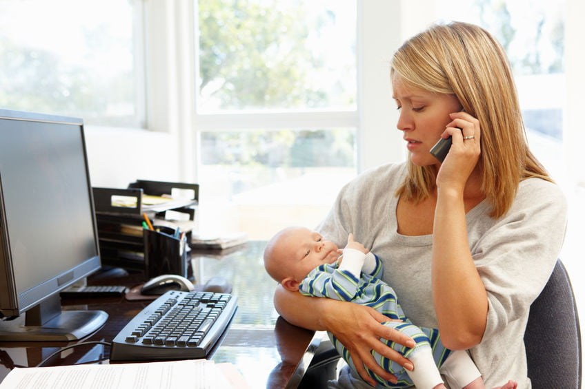 Moeders aan het werk; solliciteren, aan werk na zwangerschapsverlof, werken onder schooltijd, omscholen en herintreder - Mamaliefde.nl