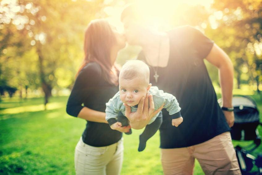 Dit veranderd er binnen je relatie na de bevalling - Mamaliefde.nl