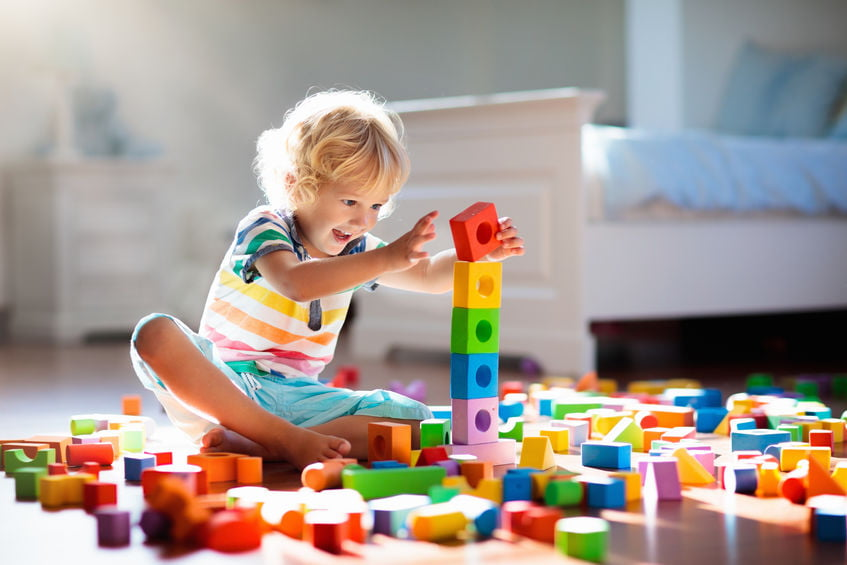 Speelgoed waar je heel lang zoet mee bent. Ook als je kind niet wil spelen of alleen maar samen.- Mamaliefde.nl