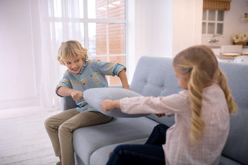 Ruzie tussen broers en zussen; tips om op te lossen - Mamaliefde.nl