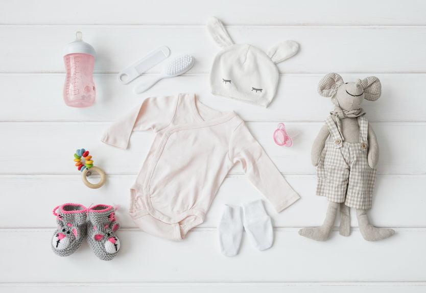 Kleding baby; eerste outfit pakje na bevalling pasgeboren baby voor zowel jongens als meisjes - Mamaliefde.nl