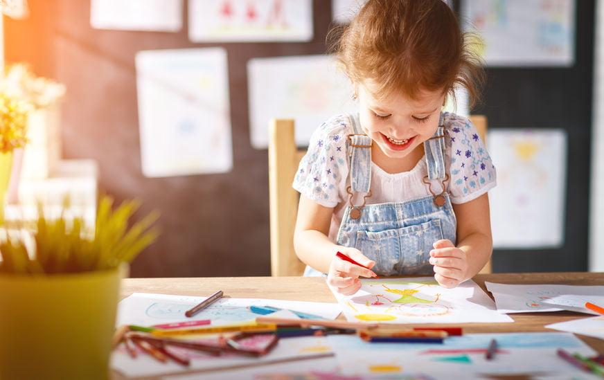Hang het kunstwerk van jouw kleine Picasso op in huis - Mamaliefde.nl