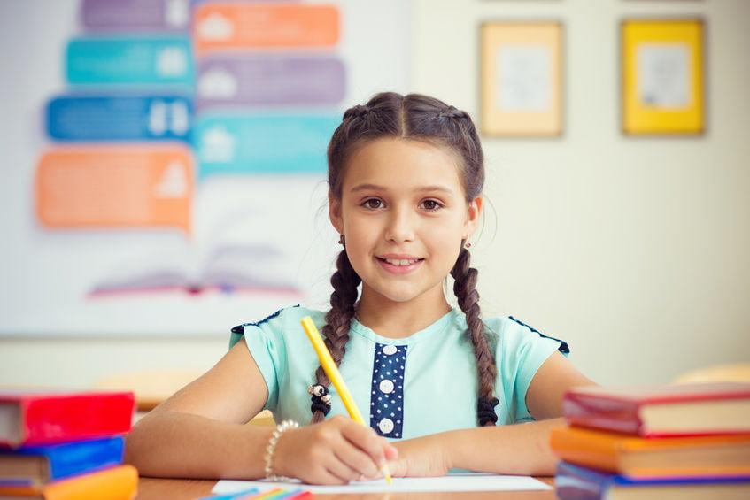 Wat is de juiste pengreep en schrijfhouding voor kinderen? Inclusief tips en oefeningen om te maken - Mamaliefde.nl