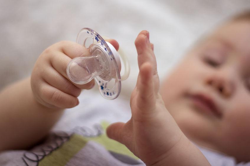 Baby wil geen speen; tips voor als je kind tut weigert en niet accepteert - Mamaliefde.nl