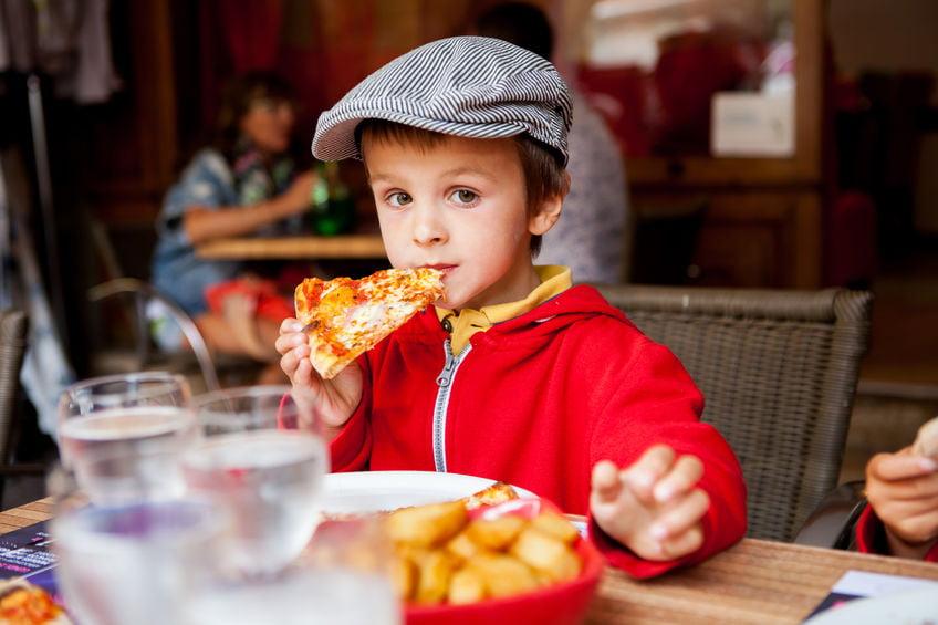 Kindvriendelijke restaurants met kinderen en speelhoek / speeltuin - Mamaliefde.nl