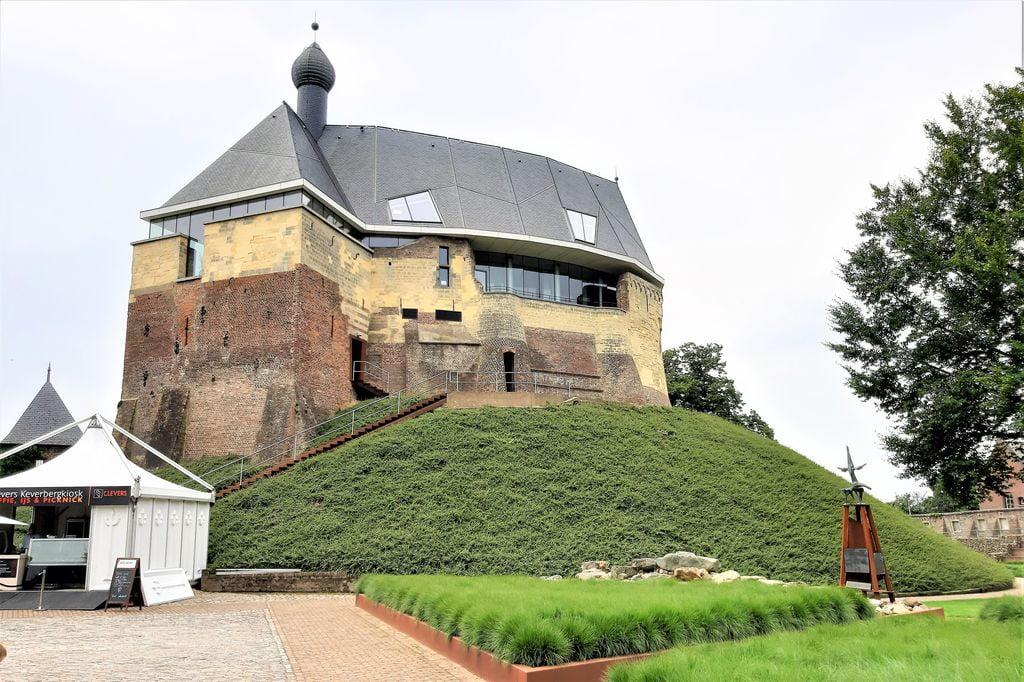 Kasteel de Keverberg; het modernste kasteel van Nederland met kinderen bezoeken - Mamaliefde.nl