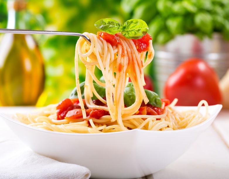 Pasta recepten, ook voor kinderen, Met vis, vlees of vegetarisch of juist de meer klassieke sauzen en overzicht van verschillende soorten pasta's - Mamaliefde.nl
