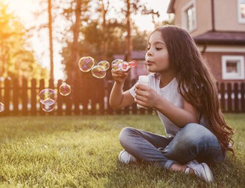 De leukste spelletjes voor in de tuin of balkon buiten met kinderen