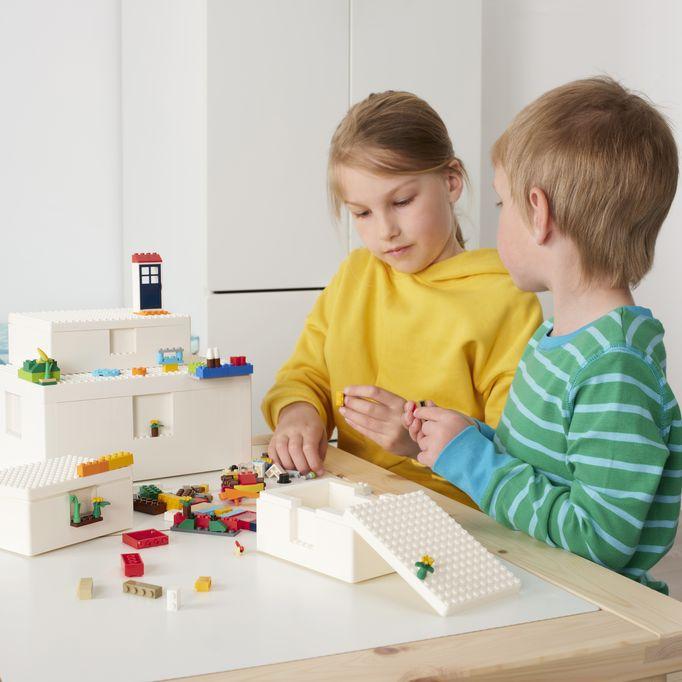 IKEA + LEGO = Bygglek de ultieme combinatie van Zweeds interieur design en Deens speelgoed - Mamaliefde.nl
