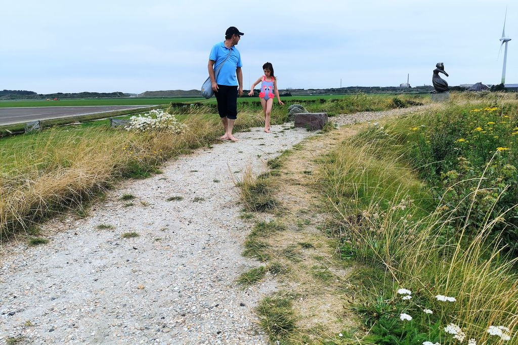 Avonturenpark Land van Fluwel met kinderen; ervaring met blote voetenpad & speeltuin in de kop van Noord-Holland - Mamaliefde.nl