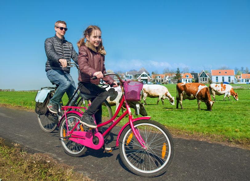 Wonen in dorp versus stad met kinderen; wat zijn de voordelen en nadelen? - Mamaliefde.nl
