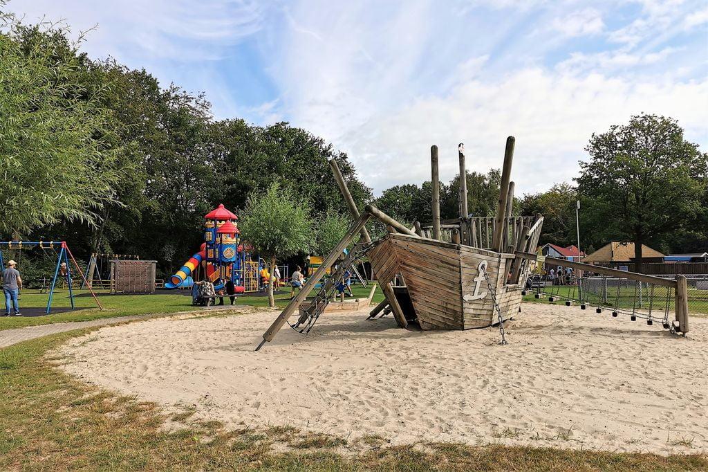 Familiepark & kinderboerderij Naturij Drachten met kinderen bezoeken in Friesland - Mamaliefde.nl