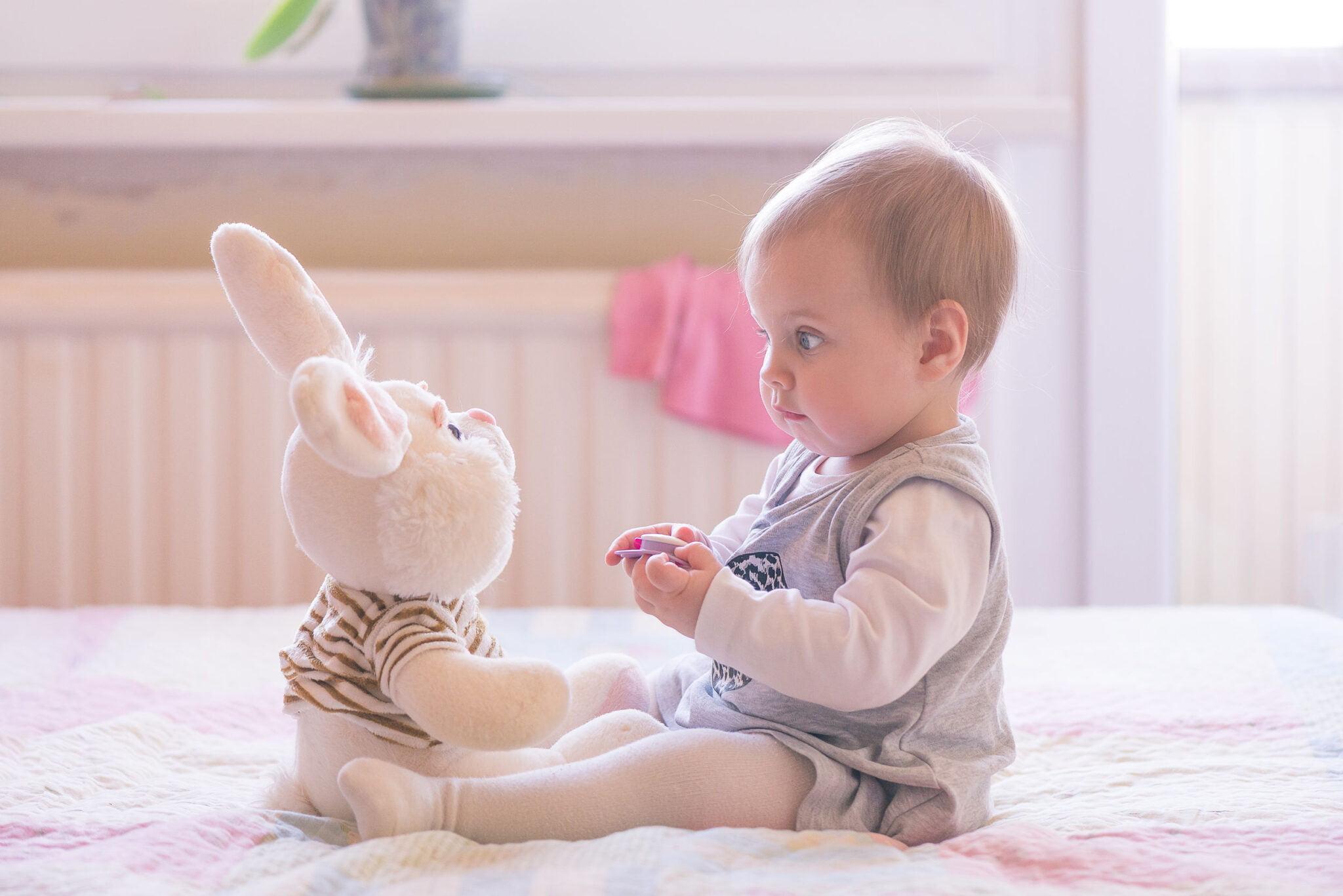 Tips en oefeningen om je baby te leren zitten - Mamaliefde.nl