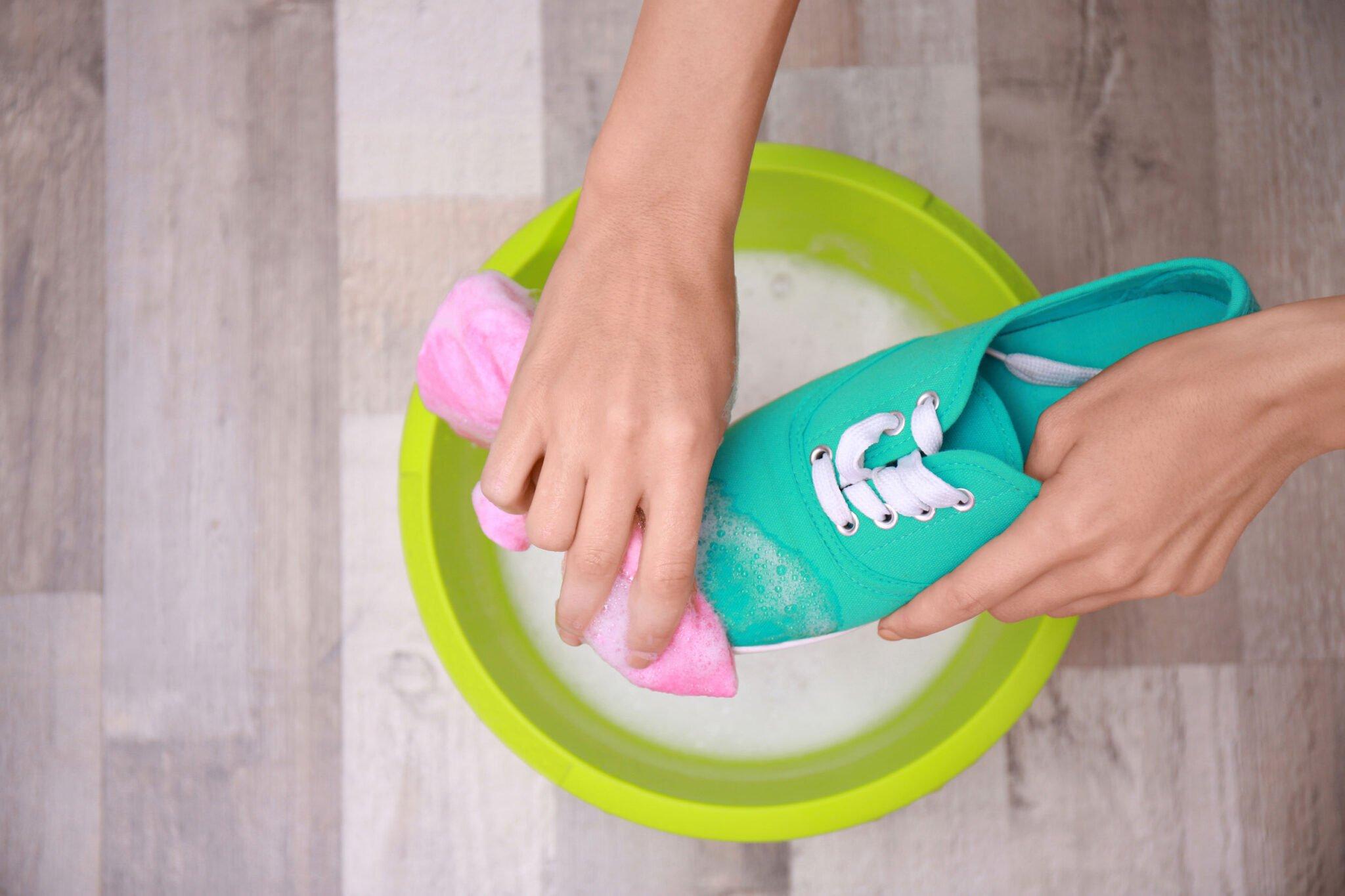 Tips schoenen schoonmaken en onderhouden - Mamaliefde.nl