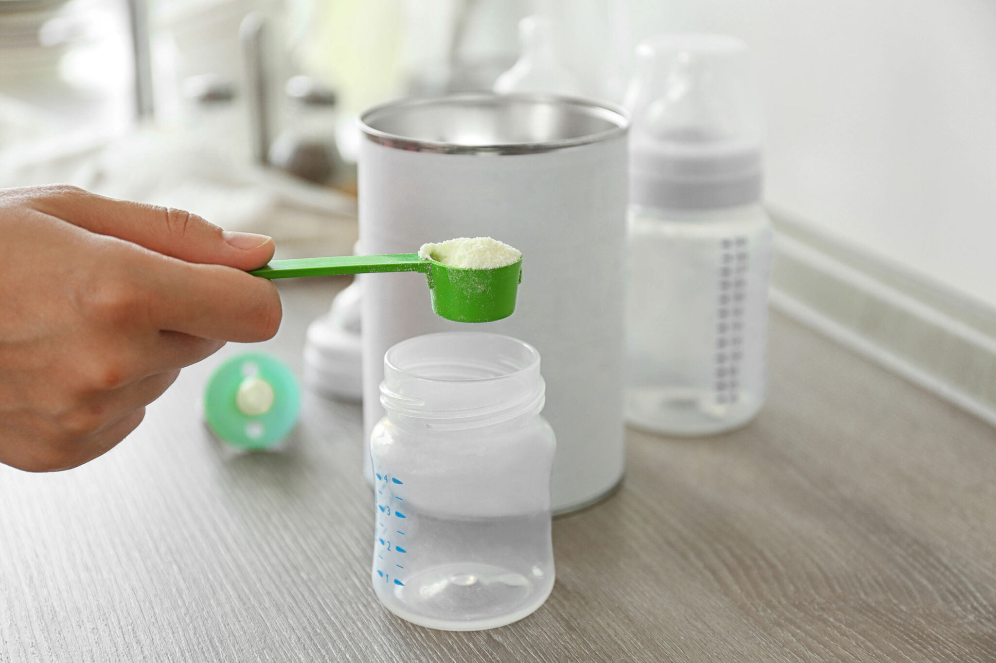 Gebruik van johannesbroodpitmeel voor de babyvoeding - Mamaliefde.nl