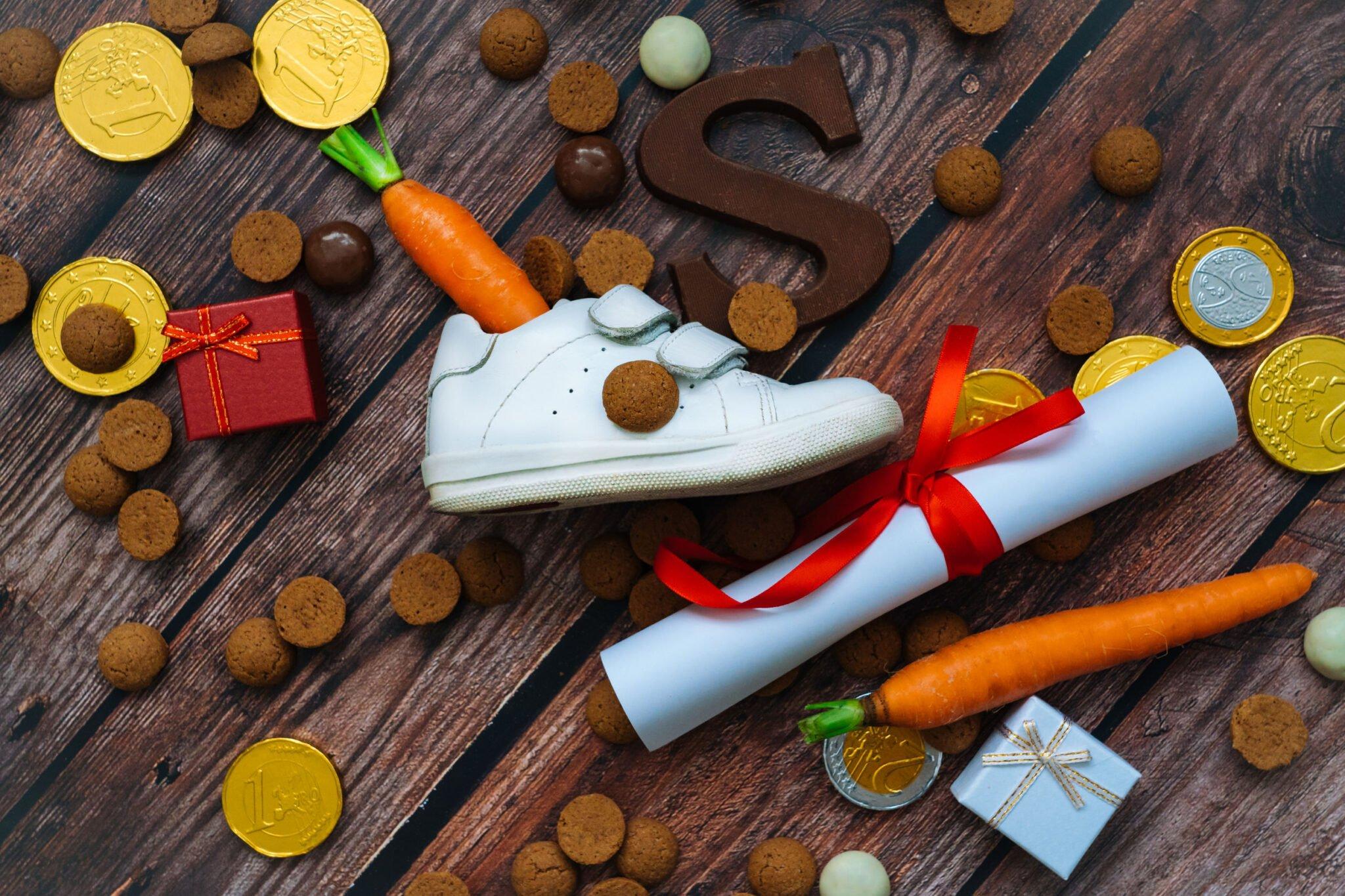 Sinterklaas kleurplaat; van Sinterklaas tot Piet ook eenvoudige tekeningen voor peuters - Mamaliefde.nl
