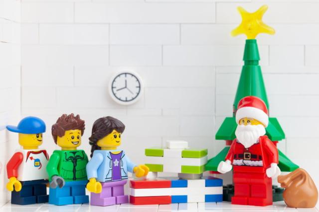Kerst lego; ideeën en voorbeelden van kerstbomen tot kerststal of complete kerstdorpen - Mamaliefde.nl