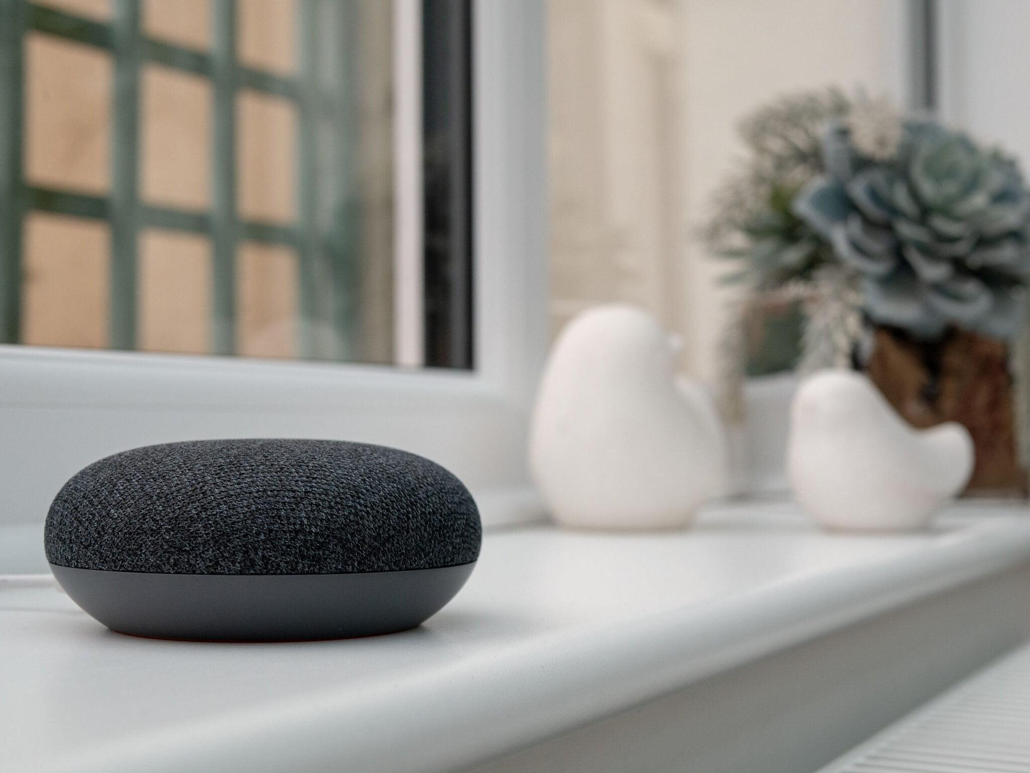 Meest actuele en volledig overzicht met praktische en grappige Google Assistent commando's en functies, routines van Google Home in Nederland. Inclusief easter eggs. - Mamaliefde.nl