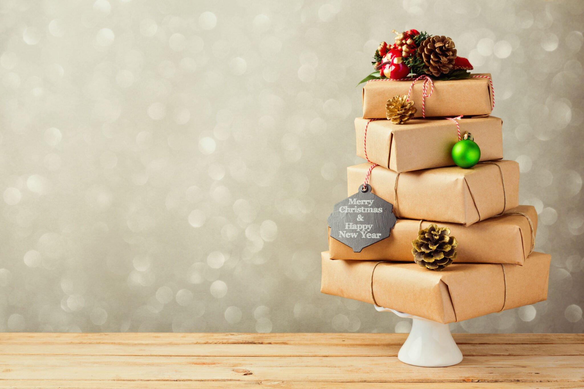 Kerstcadeautjes inpakken; originele en creatieve tips, ideeën en voorbeelden - Mamaliefd.enl