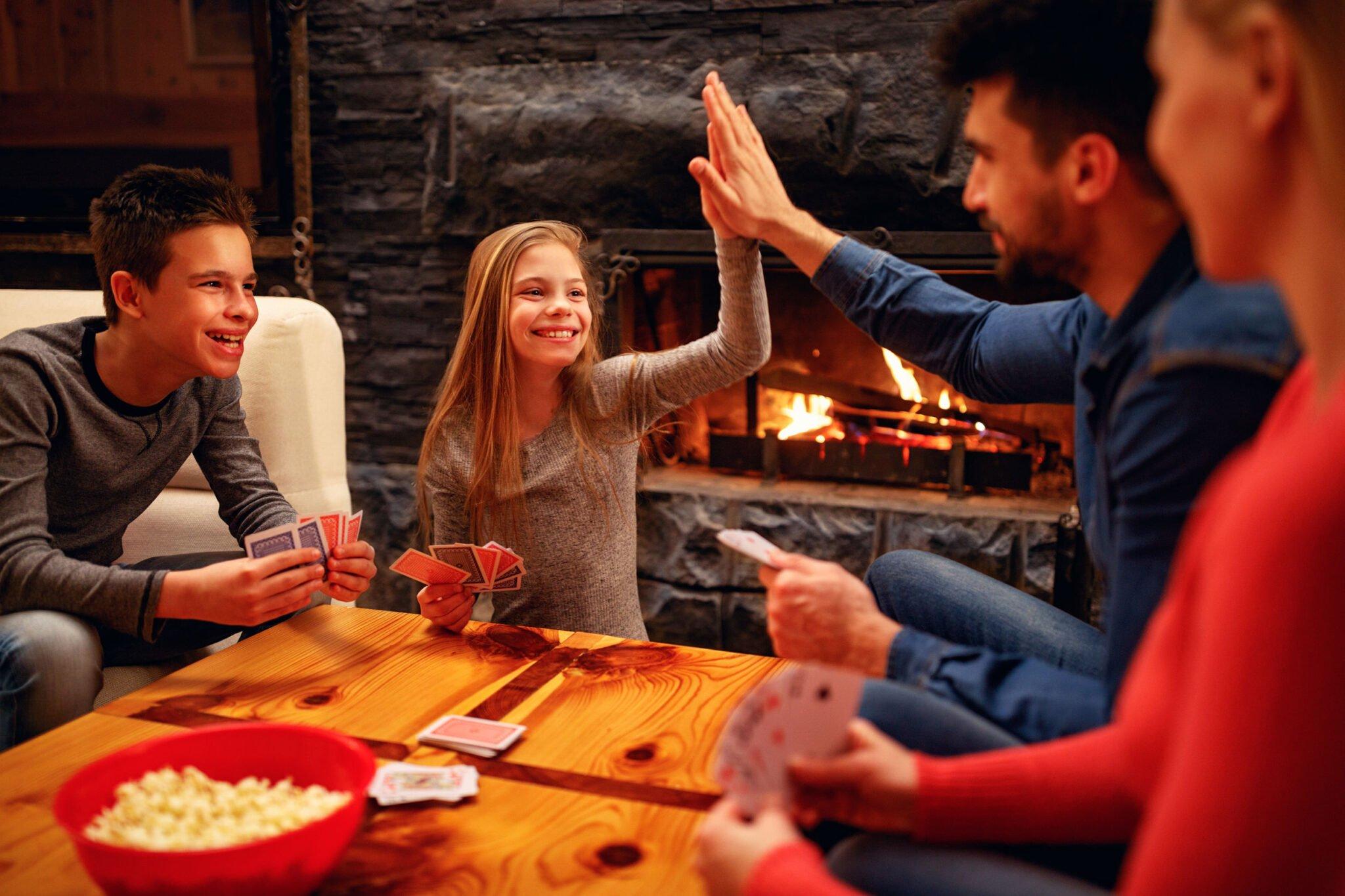 5 leuke kaartspellen met gewone speelkaarten - Mamaliefde.nl