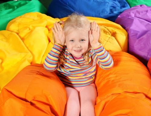Snoezelen met kinderen; wat is het, tips voor speelgoed of zelf maken