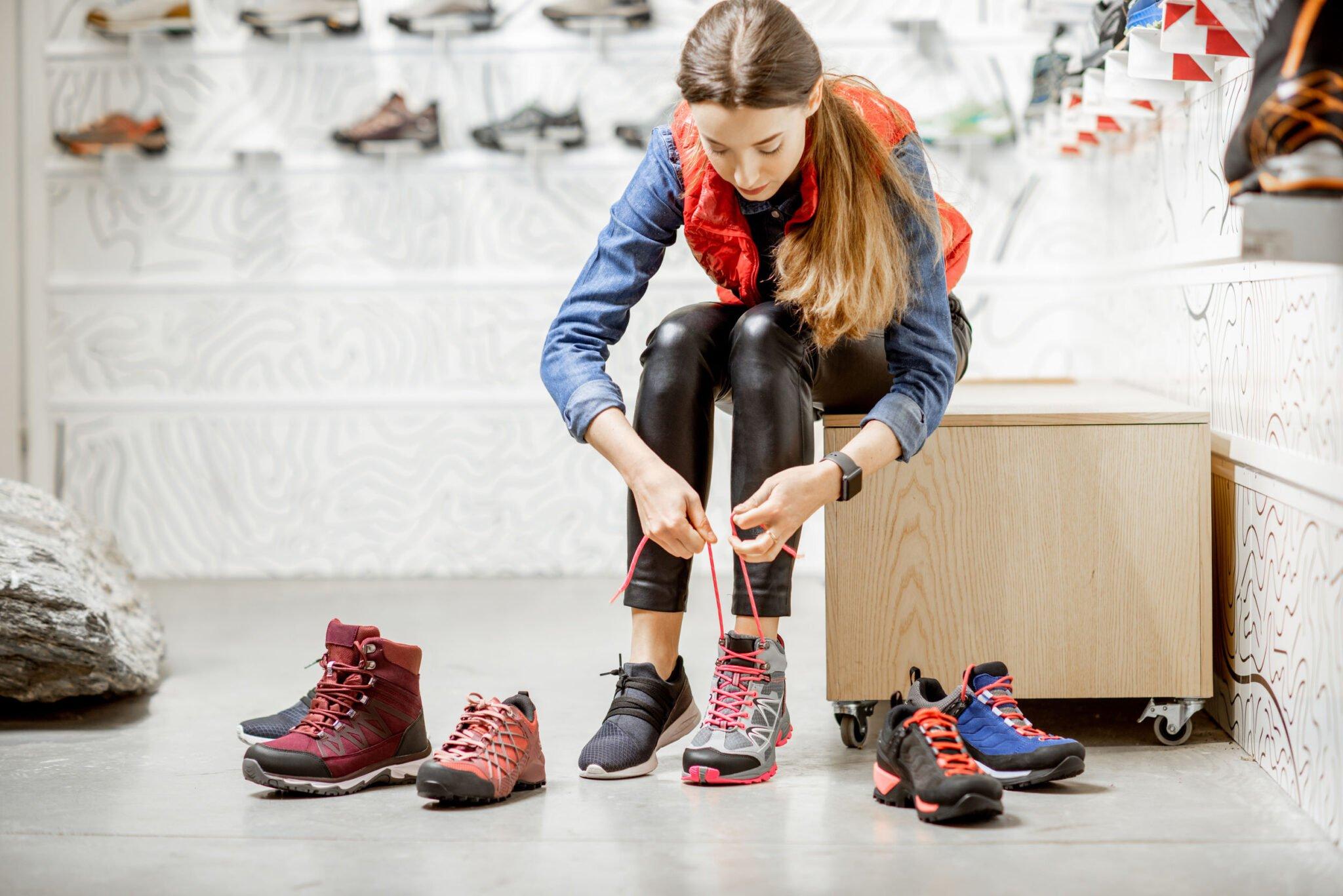 Sneakers trends in het jaar 2021 - Mamaliefde.nl