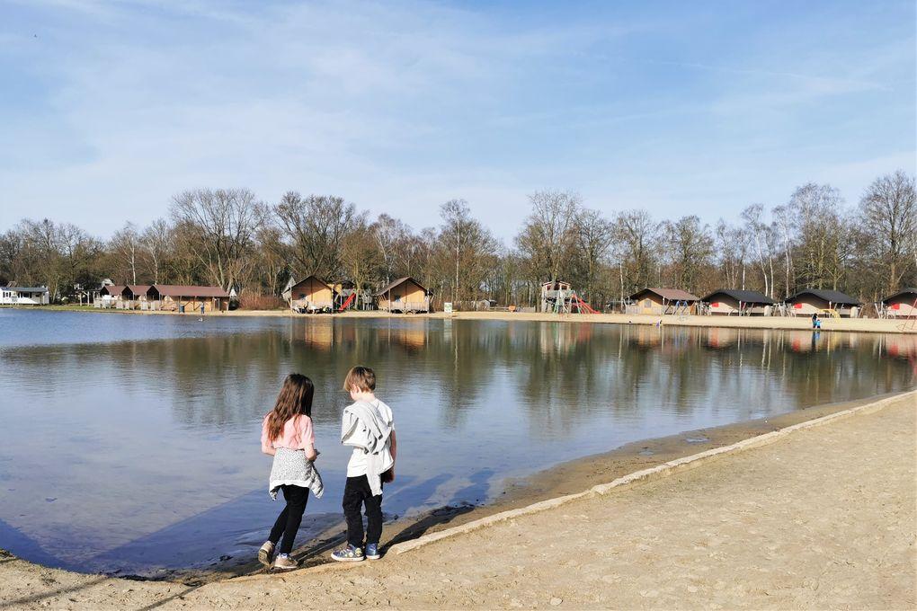 Vakantiepark Dierenbos Vinkel; review overnachten tussen de boerderijdieren met kinderen - mamaliefde.nl