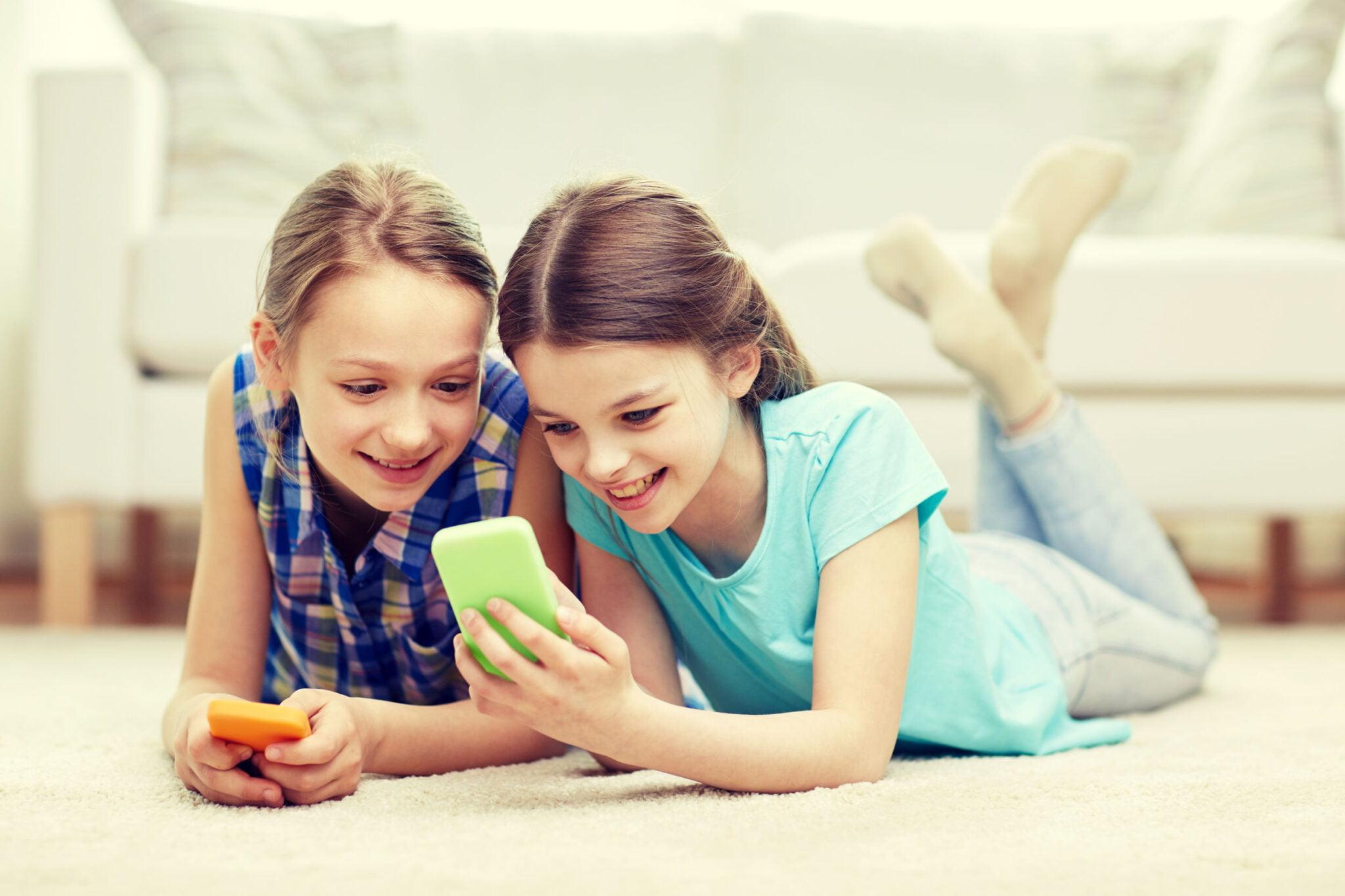 Afspraken mobiele telefoon kinderen - Mamaliefde.nl