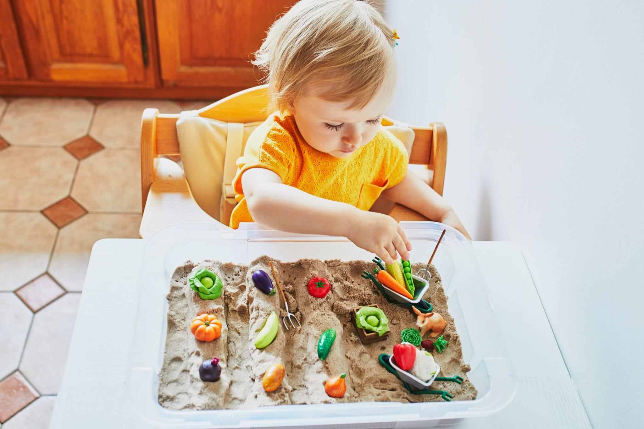 Spelen zonder speelgoed; 28 tips en ideeën - Mamaliefde.nl